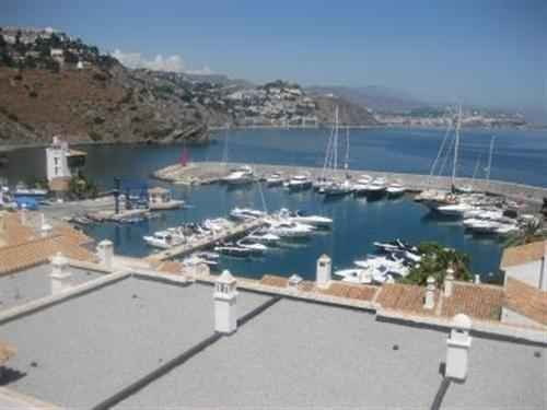 Exclusive 3 Bed House in La Herradura